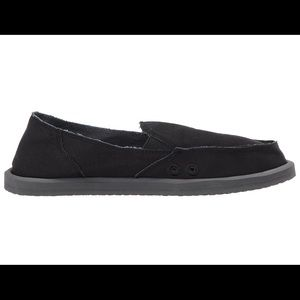 bad33f81736 Sanuk Shoes - BRAND NEW Sanuk Donna Daily Black Slip on shoes